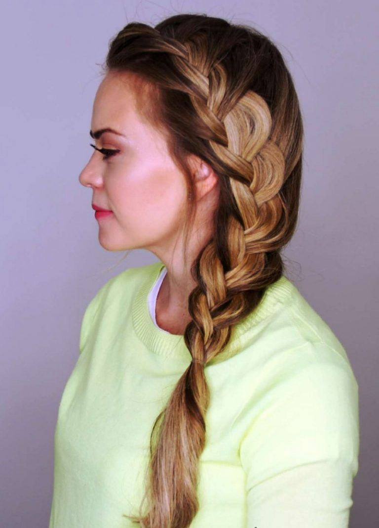 To give you some easy hairstyles inspiration, we have found 60 easy and quick hairstyles. Include easy hairstyles for medium hair, long hair and short hair. Whether you to school or to work these easy hairstyles are sure to draw compliments.