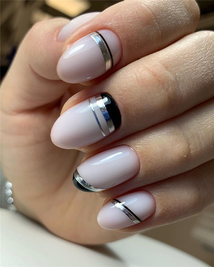 Nails 2020 trends, to give you some nail ideas, we have found 50 simple and classy nails design for women. If you want to wear a new nail shape or color, you can browse our website from time to time. #naildesigns#nailsspring #nailideas