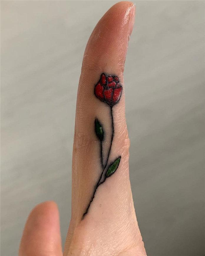 Trendy Finger Tattoo Designs Inspirations 2020, #FingerTattoos, #TattooDesigns